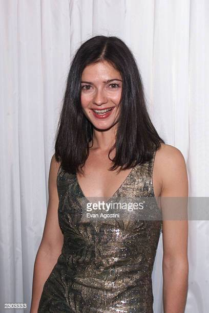 Jill hennessy 2000 stock photos and pictures getty images for Haute joaillerie cartier
