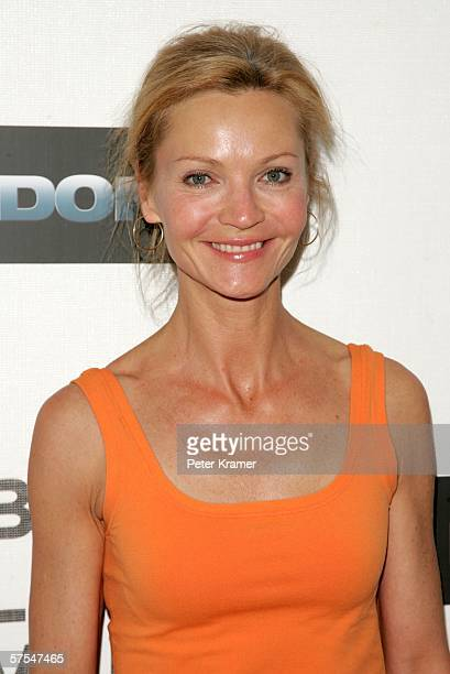 """Actress Joan Allen attend the """"Poseidon"""" premiere at the Tribeca Performing Arts Center May 6, 2006 in New York City."""