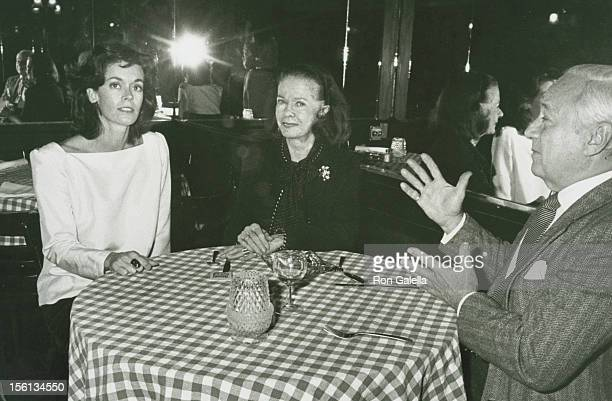 Actress Joan Bennett daughter Shelley Wanger and husband David Wilde attending the party for 'Goldwyn Film Classics Retrospective' on November 1 1982...