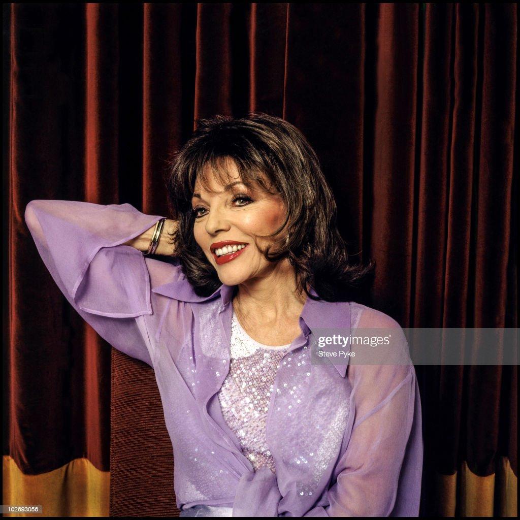 Joan Collins, January 01, 2001.   : News Photo