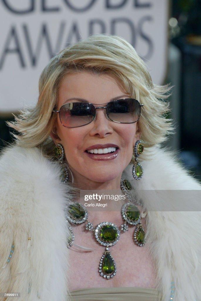 61st Annual Golden Globe Awards - Arrivals : News Photo