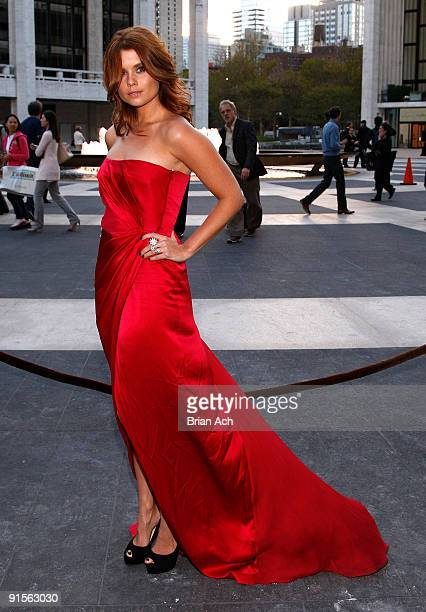 Actress JoAnna Garcia attends the 2009 American Ballet Theatre Fall Gala at Avery Fisher Hall Lincoln Center on October 7 2009 in New York City
