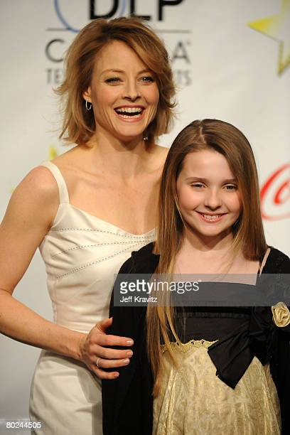 Actress Jodi Foster and actress Abigail Breslin attend the press conference for the final night banquet and awards ceremony at ShoWest 2008 at The...