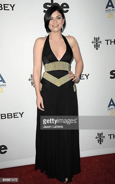 Actress Jodi Lyn O'Keefe attends APLA's 8th annual Oscar viewing party The Envelope Please at The Abbey on February 22 2009 in West Hollywood...