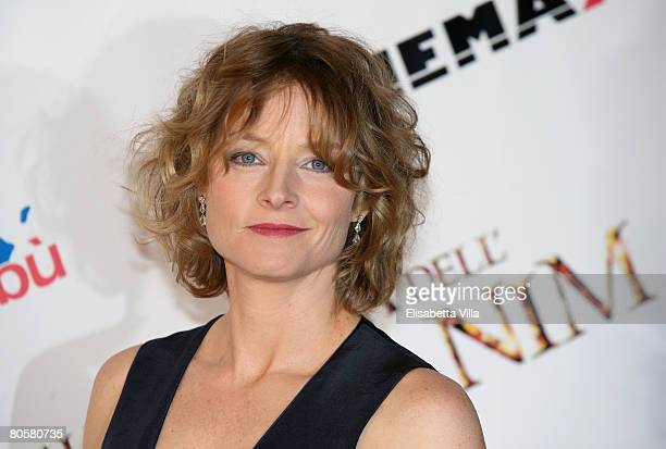 Actress Jodie Foster attends the 'Nim's Island' premiere at the Auditorium Parco Della Musica on April 9, 2008 in Rome, Italy.