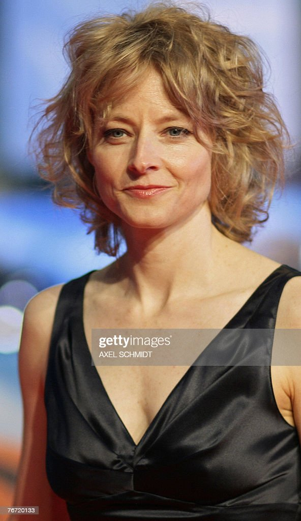 Us Actress Jodie Foster Smiles As She Ar Pictures Getty Images