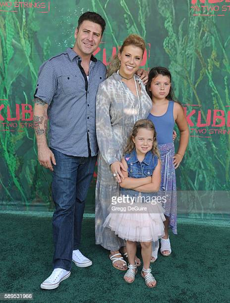 Actress Jodie Sweetin daughter's Zoie Laurel May Herpin and Beatrix Carlin SweetinCoyle arrive at the premiere of Focus Features' Kubo And The Two...