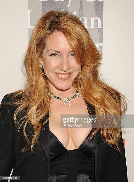 Actress Joely Fisher arrives at the 2014 An Evening With Women Benefiting LA Gay Lesbian Center at the Beverly Hilton Hotel on May 10 2014 in Beverly...