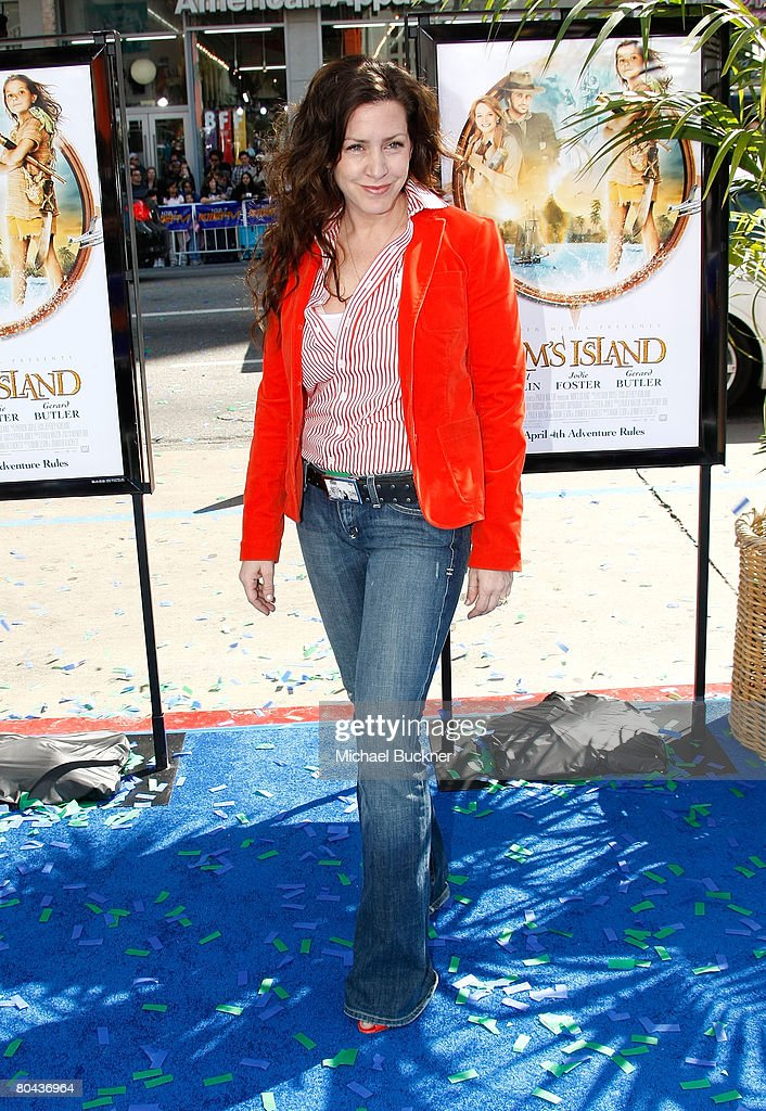 Actress Joely Fisher arrives at the premiere of 20th Century Fox's 'Nim's Island' at Grauman's Chinese Theatre March 30, 2008 in Hollywood, California.