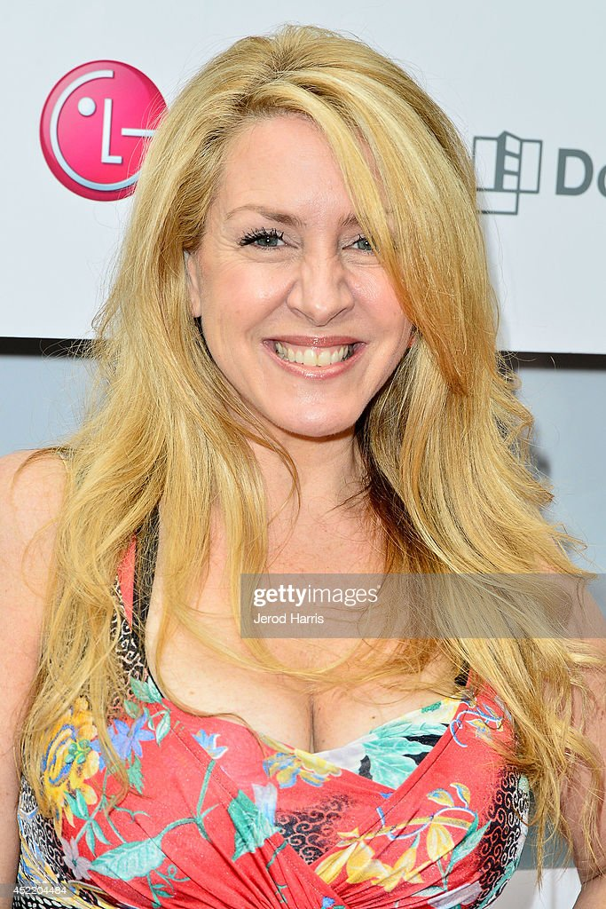 Actress Joely Fisher attends LG and Chef Sandra Lee Host LG Junior Chef Academy to celebrate the launch of the Door-in-Door Refrigerator with CustomChill, Benefiting No Kid Hungry at The Washbow on July 15, 2014 in Culver City, California.