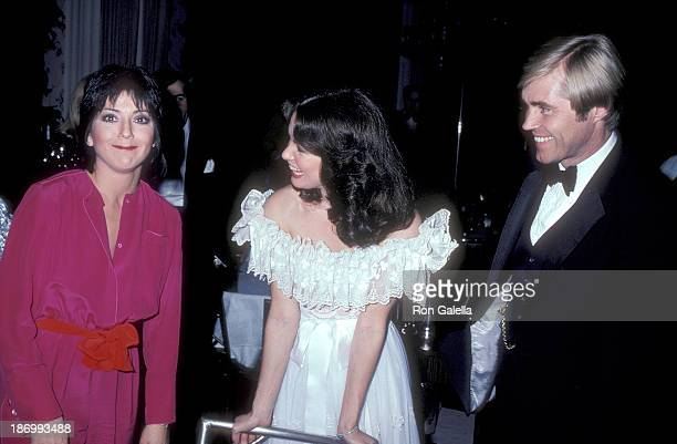 Actress Joyce DeWitt actress Jaclyn Smith and husband actor Dennis Cole attend 'The Love Boat' Honors Helen Hayes on February 22 1980 at the Beverly...