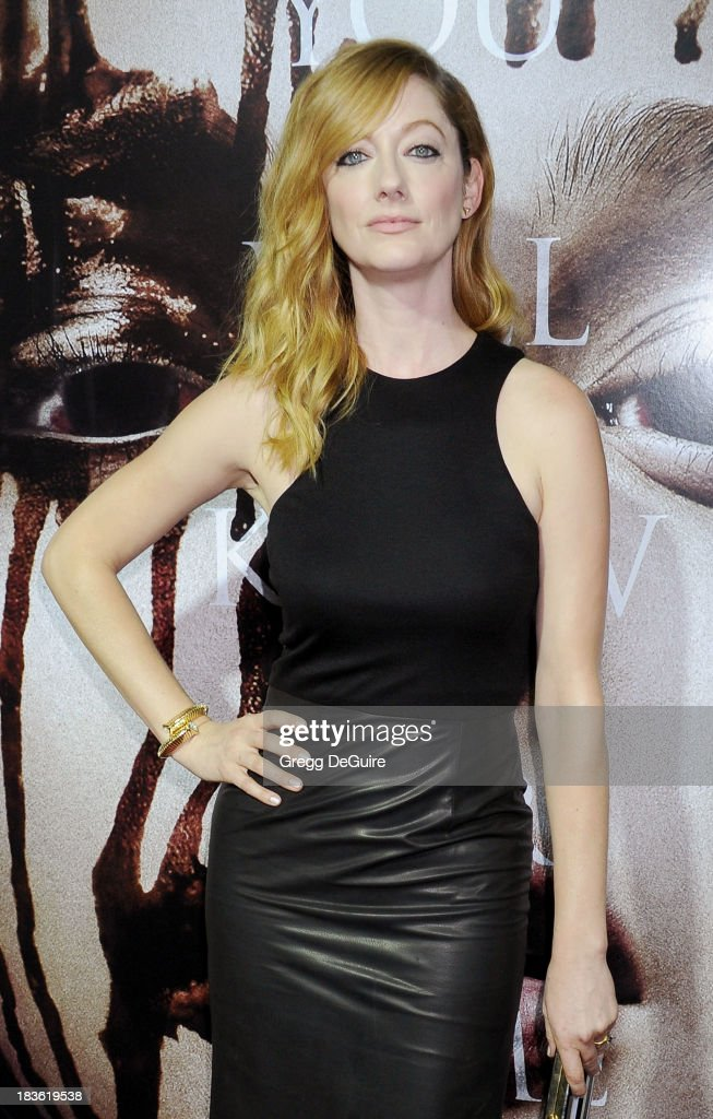 """Carrie"" - Los Angeles Premiere - Arrivals : News Photo"