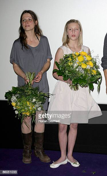 Actress Julia Brendler and actress Luna Schweiger attend the premiere of 'Phantomschmerz' at cinema Kulturbrauerei on April 20 2009 in Berlin Germany