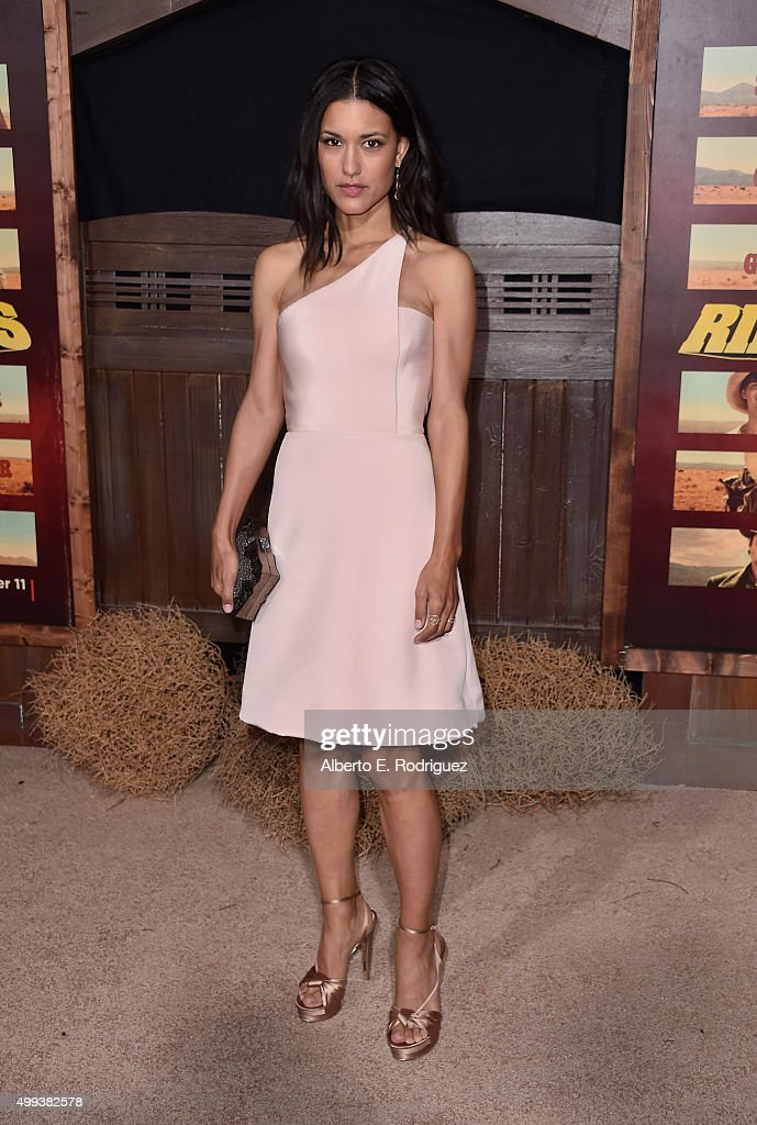 Actress Julia Jones attends the premiere of Netflix's 'The Ridiculous 6' at AMC Universal City Walk on November 30, 2015 in Universal City, California.