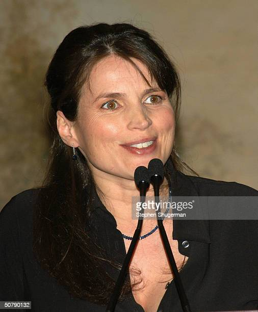 Actress Julia Ormond speaks at Senator Barbara Boxer's Women Making History Honors Annette Bening at the St Regis Hotel on April 30 2004 in Century...
