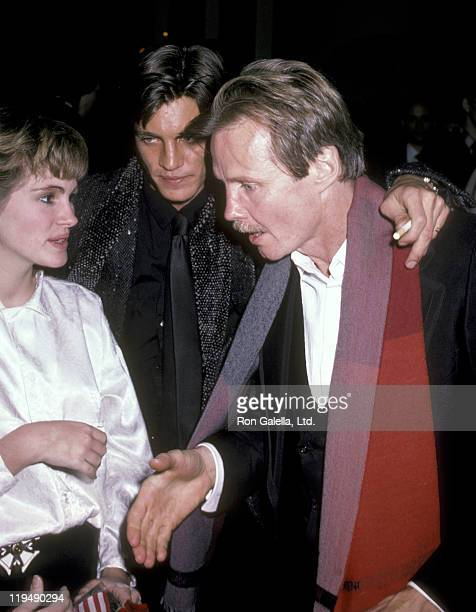Actress Julia Roberts actor Eric Roberts and actor Jon Voight attend the Runaway Train Premiere Party on December 4 1985 at The Plaza Hotel in New...