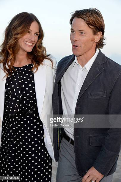 Actress Julia Roberts and Daniel Moder attend Heal The Bay's Bring Back The Beach Annual Awards Presentation Dinner held at The Jonathan Club on May...