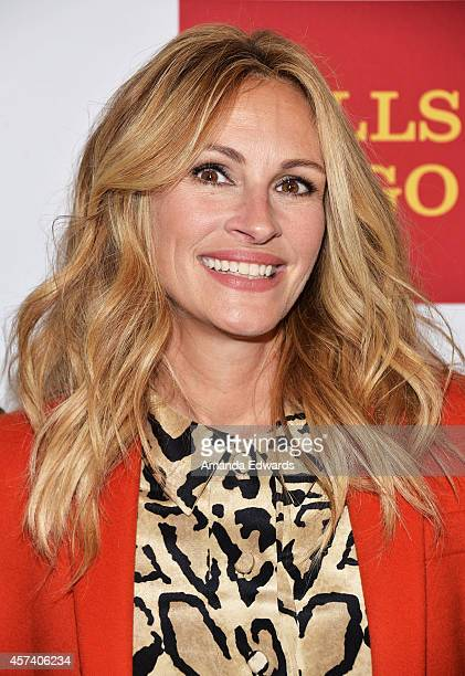 Actress Julia Roberts arrives at the 10th Annual GLSEN Respect Awards at the Regent Beverly Wilshire Hotel on October 17 2014 in Beverly Hills...