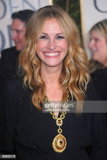 Actress Julia Roberts arrives at the 67th Annual Golden Globe Awards held at The Beverly Hilton Hotel on January 17 2010 in Beverly Hills California