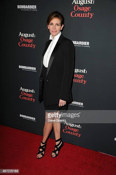 """Actress Julia Roberts arrives at the premiere of The Weinstein Company's """"August: Osage County"""" at Regal Cinemas L.A. Live on December 16, 2013 in..."""