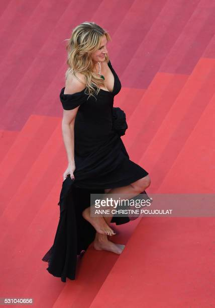 US actress Julia Roberts arrives on May 12 2016 for the screening of the film Money Monster at the 69th Cannes Film Festival in Cannes southern...