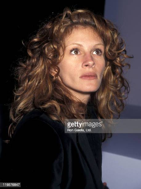 Actress Julia Roberts attends the 7th on Sixth Spring 1996 Fashion Week Richard Tyler Fashion Show on October 31 1995 at Bryant Park in New York City