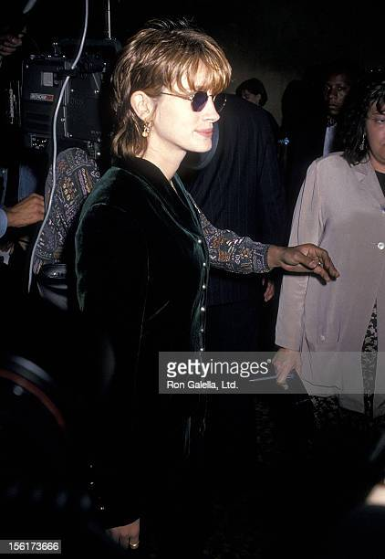 Actress Julia Roberts attends the 'Crooklyn' New York City Premiere on May 9 1994 at Loews Astor Plaza in New York City