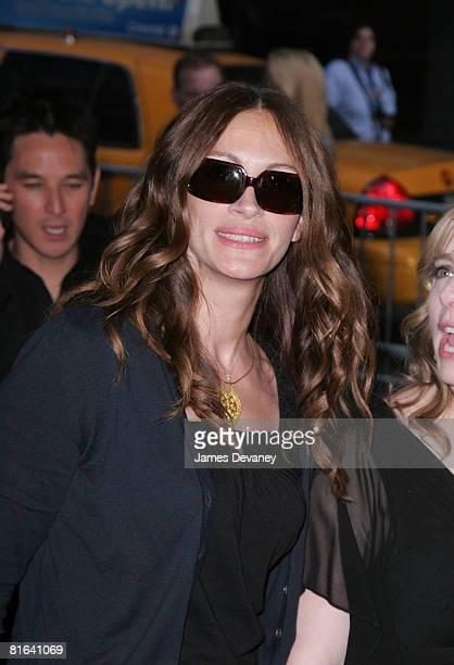 Actress Julia Roberts attends the 'Kit Kittredge An American Girl' premiere at the Ziegfeld Theater on June 19 2008 in New York City New York
