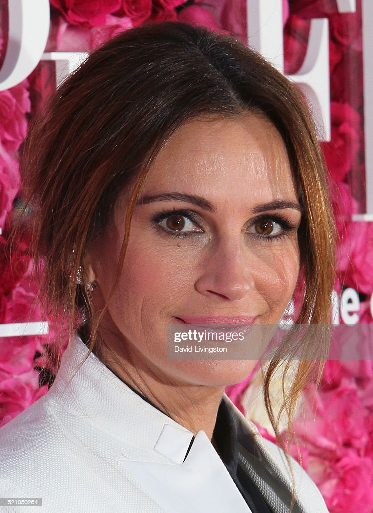 Actress Julia Roberts attends the Open Roads World Premiere of 'Mother's Day' at the TCL Chinese Theatre IMAX on April 13, 2016 in Hollywood, California.