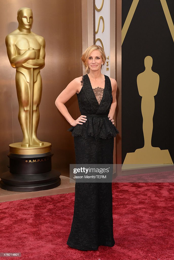 Actress Julia Roberts attends the Oscars held at Hollywood & Highland Center on March 2, 2014 in Hollywood, California.