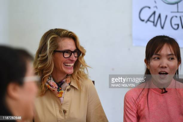 Actress Julia Roberts meets Vietnamese students in Can Giuoc district, Long An province on December 9, 2019. - Michelle Obama and Julia Roberts visit...
