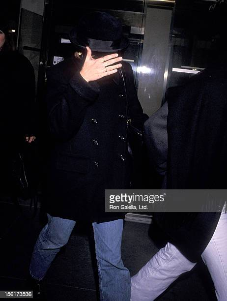 Actress Julia Roberts on May 2 1994 leaves Nancy Selzer's Home in New York City