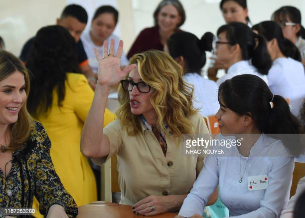 Actress Julia Roberts speaks to Vietnamese students in Can Giuoc district, Long An province on December 9, 2019. - Michelle Obama and Julia Roberts...