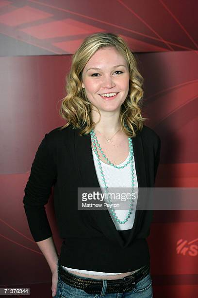 Actress Julia Stiles appears on AOL Unscripted Session at the Meyer Gallery during the Sundance Film Festival January 26, 2006 in Park City, Utah....