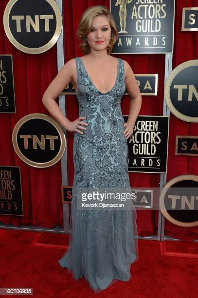 Actress Julia Stiles arrives at the 19th Annual Screen Actors Guild Awards held at The Shrine Auditorium on January 27, 2013 in Los Angeles,...