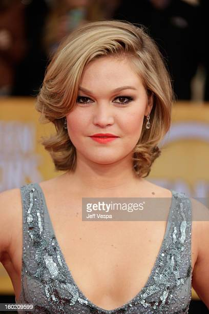 Actress Julia Stiles arrives at the19th Annual Screen Actors Guild Awards held at The Shrine Auditorium on January 27, 2013 in Los Angeles,...