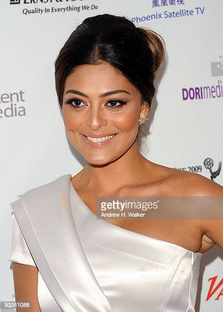 Actress Juliana Paes attends the 37th International Emmy Awards gala at the New York Hilton and Towers on November 23 2009 in New York City