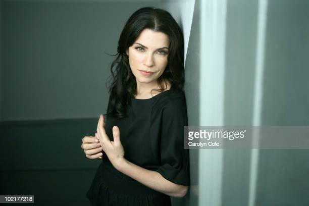 Actress Julianna Margulies poses at a portrait session for the Los Angeles Times in New York NY on June 16 2010 PUBLISHED IMAGE CREDIT MUST BE...