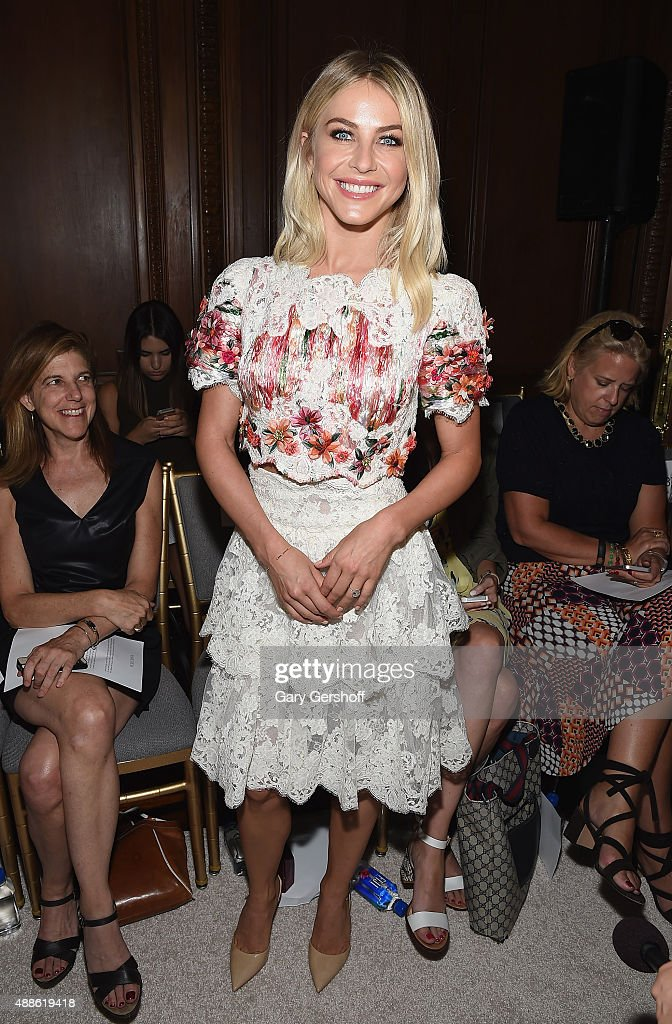 Marchesa - Front Row & Backstage - Spring 2016 New York Fashion Week : News Photo
