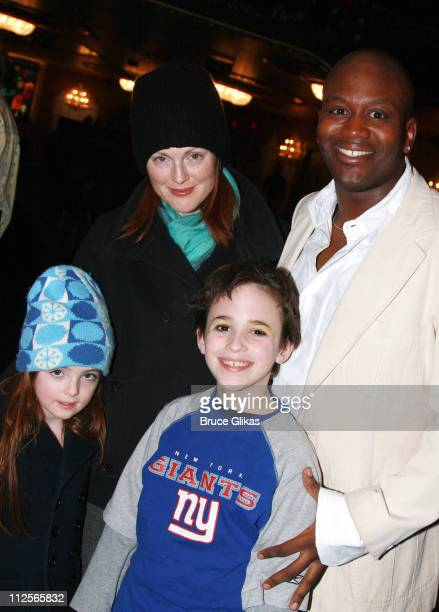 COVERAGE* Actress Julianne Moore and daughter Liv Helen Freundlich pose with cast members Tituss Burgess and Trevor Braun backstage at 'The Little...