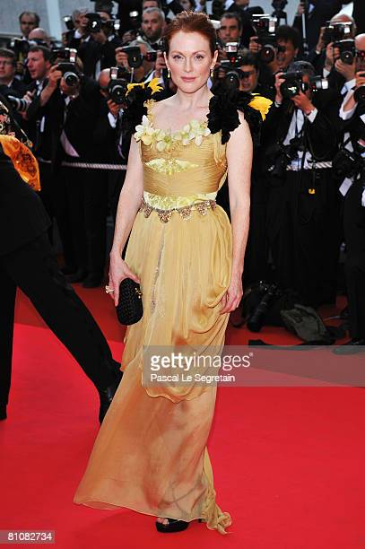 Actress Julianne Moore arrives at the Blindness premiere at the Palais des Festivals during the 61st International Cannes Film Festival on May 14...