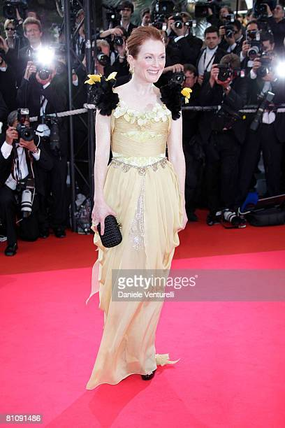"""Actress Julianne Moore arrives at the """"Blindness"""" premiere during the 61st Cannes International Film Festival on May 14, 2008 in Cannes, France."""