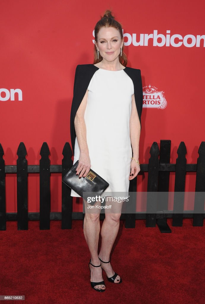 Actress Julianne Moore arrives at the Los Angeles Premiere 'Suburbicon' at Regency Village Theatre on October 22, 2017 in Westwood, California.