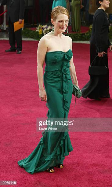 Actress Julianne Moore attends the 75th Annual Academy Awards at the Kodak Theater on March 23 2003 in Hollywood California