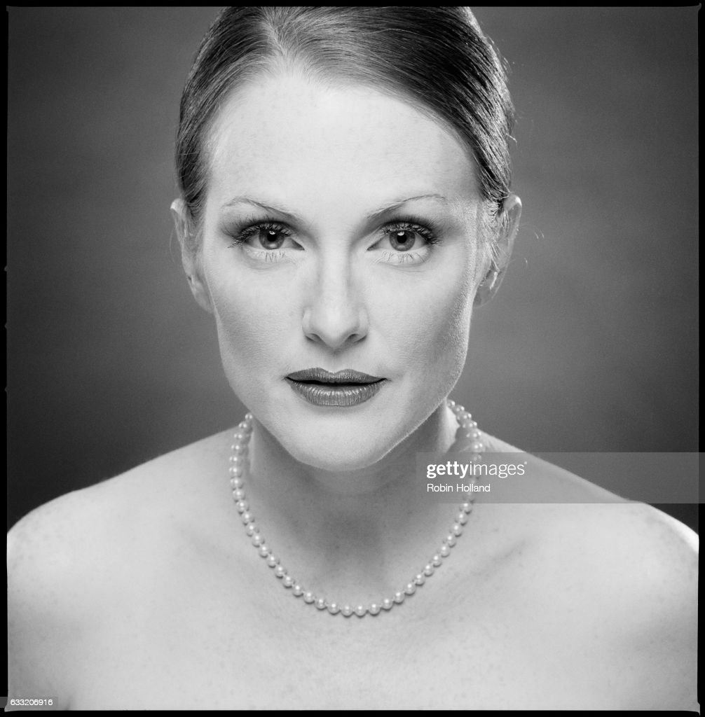 Actress Julianne Moore is photographed for IFC Rant on September 27, 2002, in New York City.