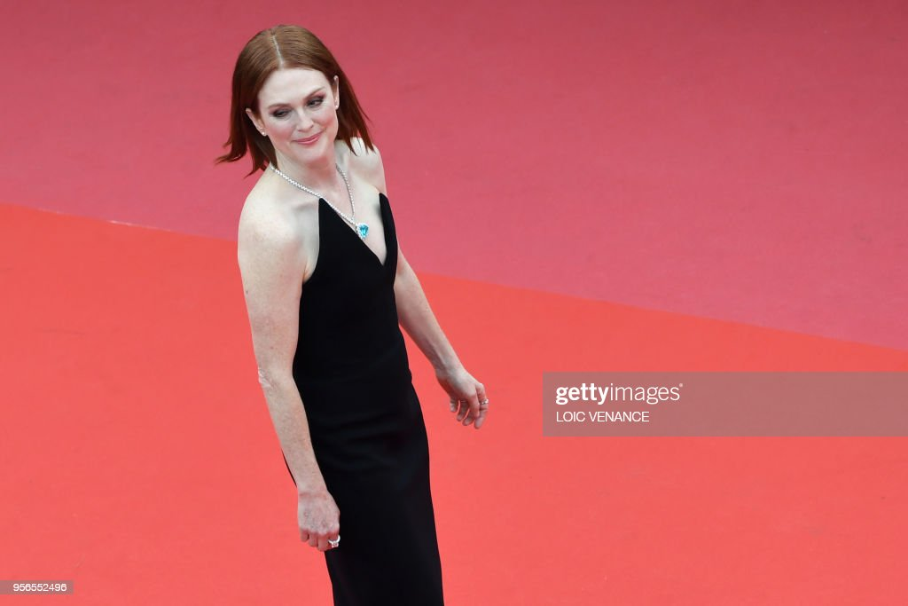 US actress Julianne Moore poses as she arrives on May 9, 2018 for the screening of the film 'Yomeddine' at the 71st edition of the Cannes Film Festival in Cannes, southern France.