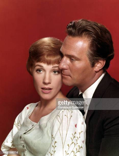 """Actress Julie Andrews and Christopher Plummer in a scene from the movie""""The Sound of Music"""""""