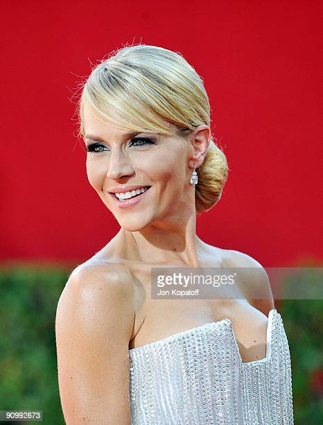 Actress Julie Benz arrives at the 61st Primetime Emmy Awards held at the Nokia Theatre LA Live on September 20 2009 in Los Angeles California