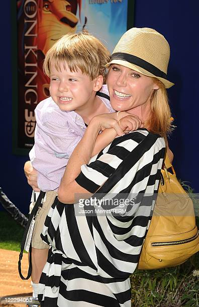 Actress Julie Bowen and her son Oliver McLanahan Phillips arrive at the premiere of Walt Disney Studios' The Lion King 3D on August 27 2011 in Los...