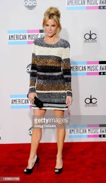 Actress Julie Bowen arrives at the 2011 American Music Awards at Nokia Theatre LA Live on November 20 2011 in Los Angeles California